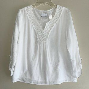 Alfred Dunner White Cotton Crochet Neck Tunic Top